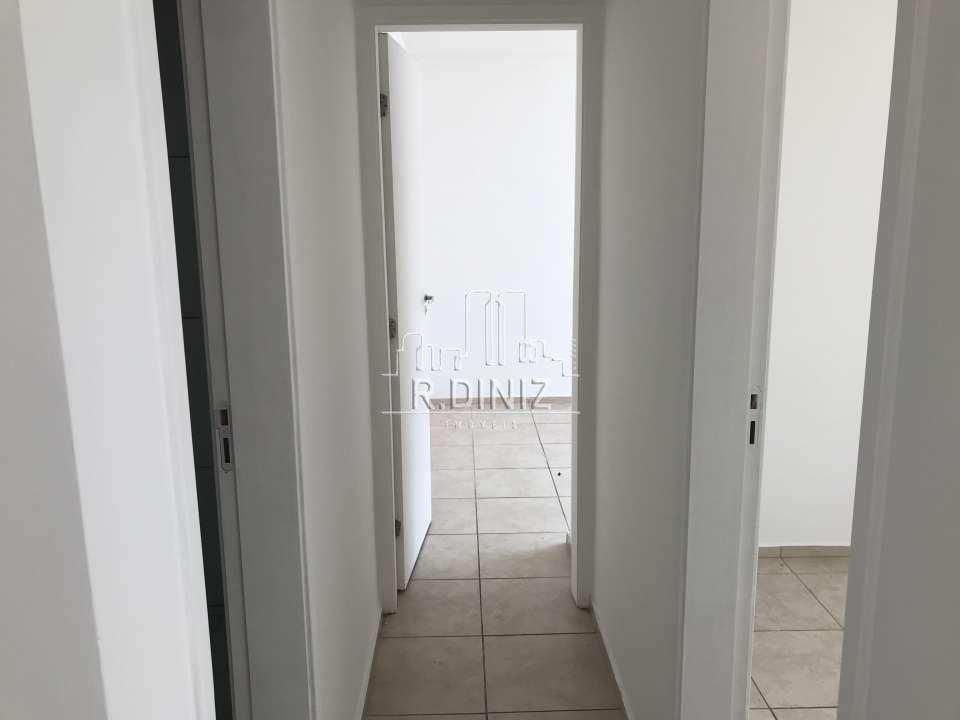 corredor - Imóvel, Apartamento À venda, Rocha Miranda, 2 quartos (1 suíte), 1 vaga, Rio de Janeiro, RJ, MRV, barro vermelho. - AP011033 - 10